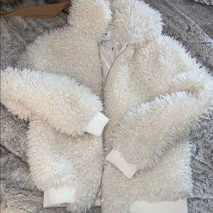 Fuzzy bomber jacket - white